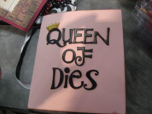 Front of Queen of Dies pop up spinning platform die.